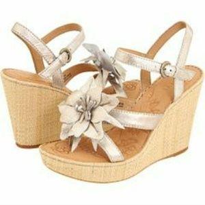 Shoes - BORN Wedge Miss Flower Platform Sandal 10